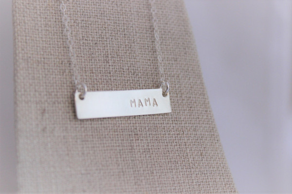 MAMA bar necklace • gold or silver