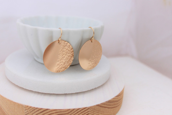 Luna earrings | gold