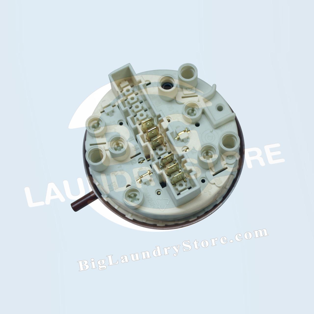 Level Control Switch - W75 - Wascomat # 885901