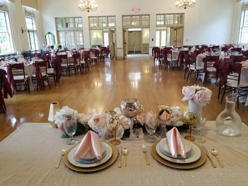 white glitz rectangular tablecloths