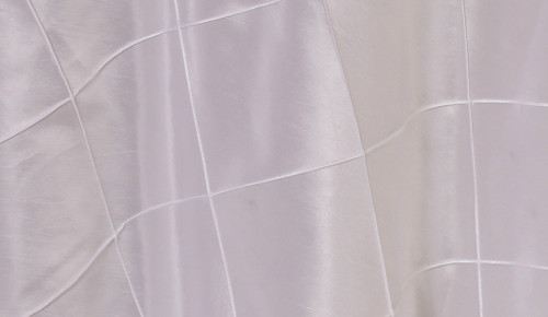 132 Inch Pintuck Taffeta Round Tablecloth White