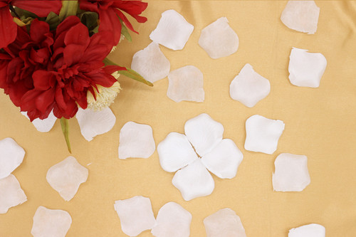 100 pcs Silk Rose Petals White