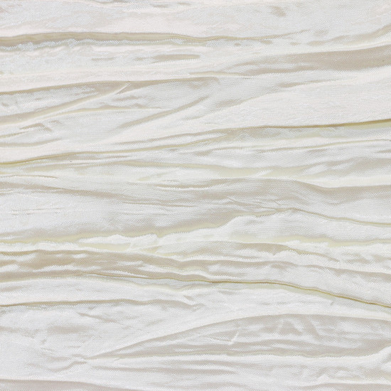 Ivory Crinkle Swatch