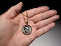 ANCIENT ROMAN TEMPLE OF PEACE VESPASIAN COIN PENDANT IN 14KT GOLD  *CPR212