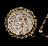 CPR203 - ANCIENT ROMAN SILVER REPUBLIC COIN PENDANT OF SALUS GODDESS OF SAFETY AND WELL-BEING IN 14KY GOLD