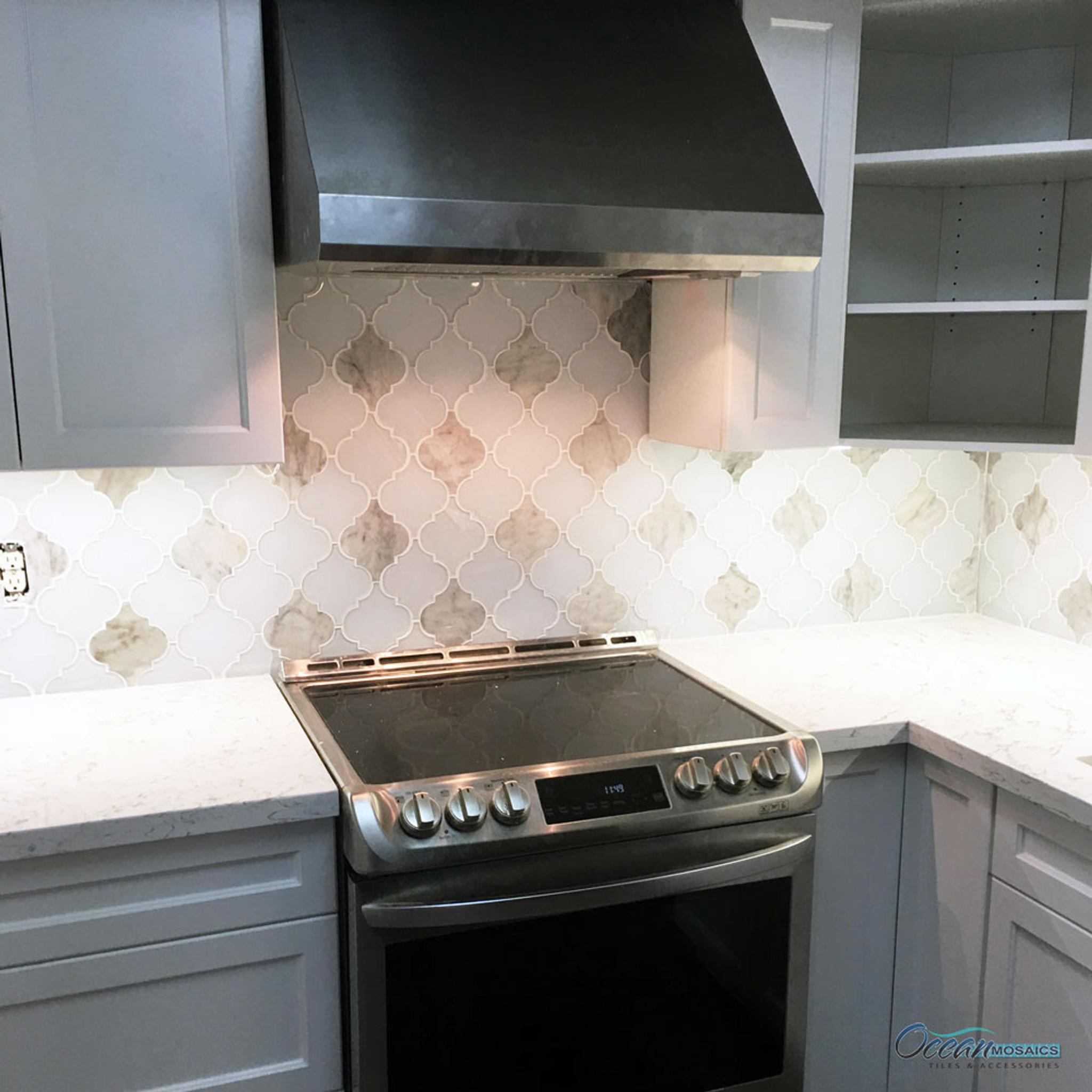 - Clover Arabesque Blanco Mosaic Glass Tile