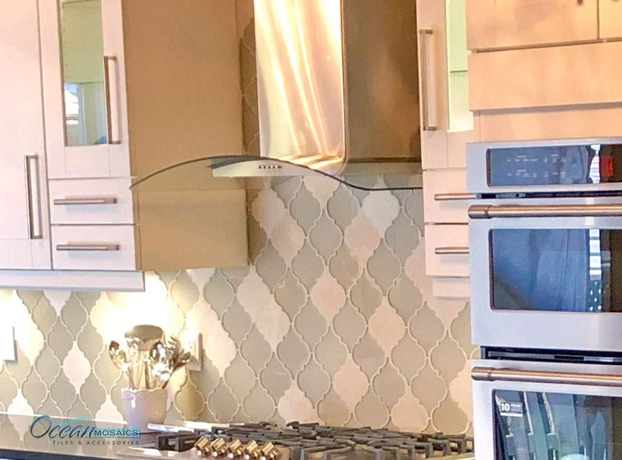 clover-arabesque-crema-kitchen-backsplash-idea-1.jpg