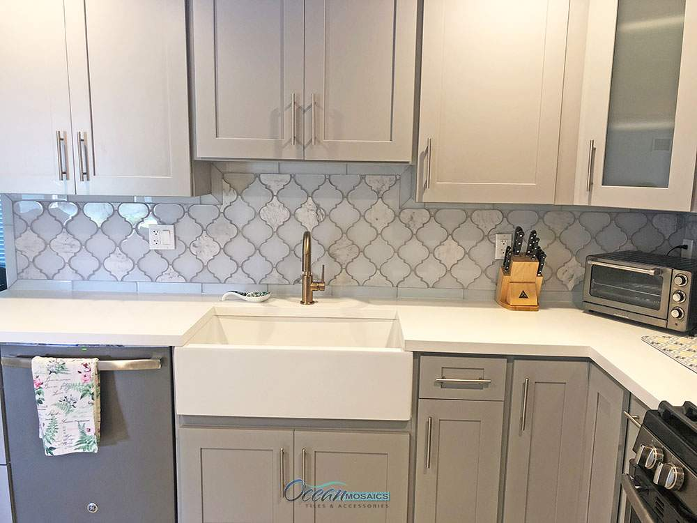 ocean-mosaics-tiles-clover-blanco-arabesque-backsplash.jpg