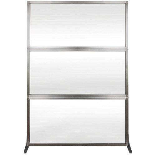 MediPanel Portable Divider 4' x 6' Opal Fluted Window Without Wheels