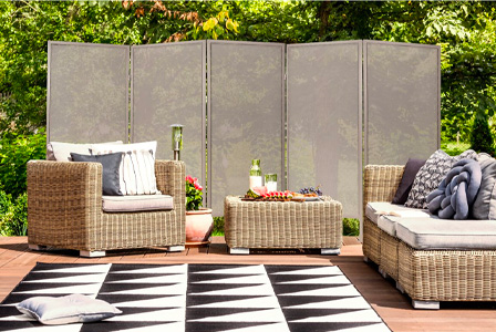 Shield yourself from the neighbors or people on the street using the outdoor folding privacy screen.