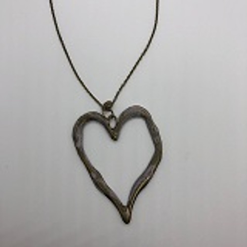 NECKLACE BIG HEART W/PINK