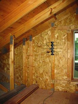Winegard FV-30BB FreeVision Indoor/Outdoor HDTV Antenna