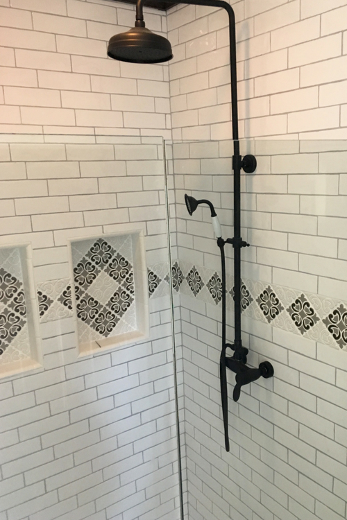 Modern Farmhouse Bathroom With Hiser Handmade Tile Border Amp Niches Julep Tile Company