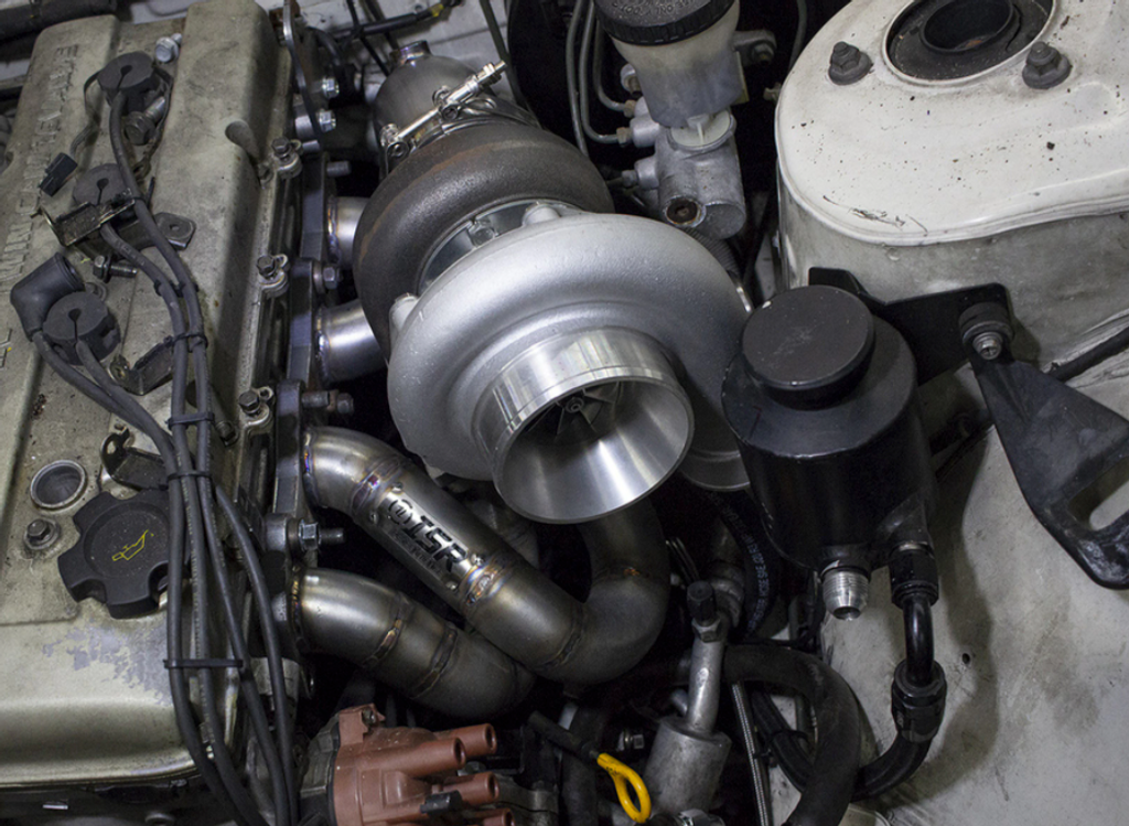 400Hp-550HP Top Mount KA24DE Turbo Kit For Nissan 240sx Installed