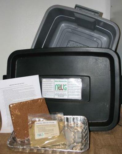 Composting Mini Worm Bin Contents, Black
