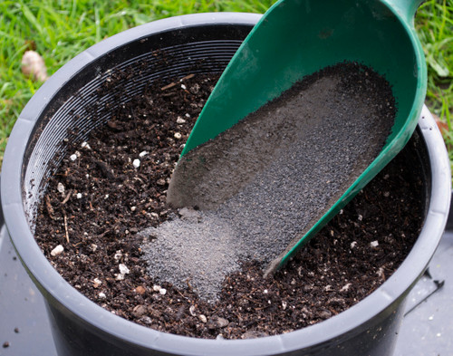 SoilKey Basalt Rock Dust mixing into potting medium