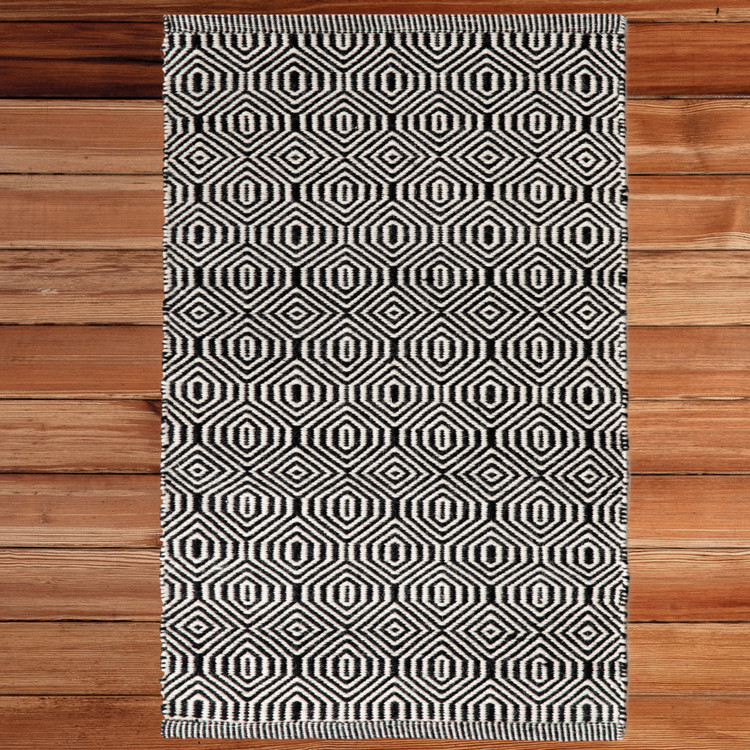Handwoven Black and White Geometric Wool Flatweave Kilim Area Rug, 2' x 3'