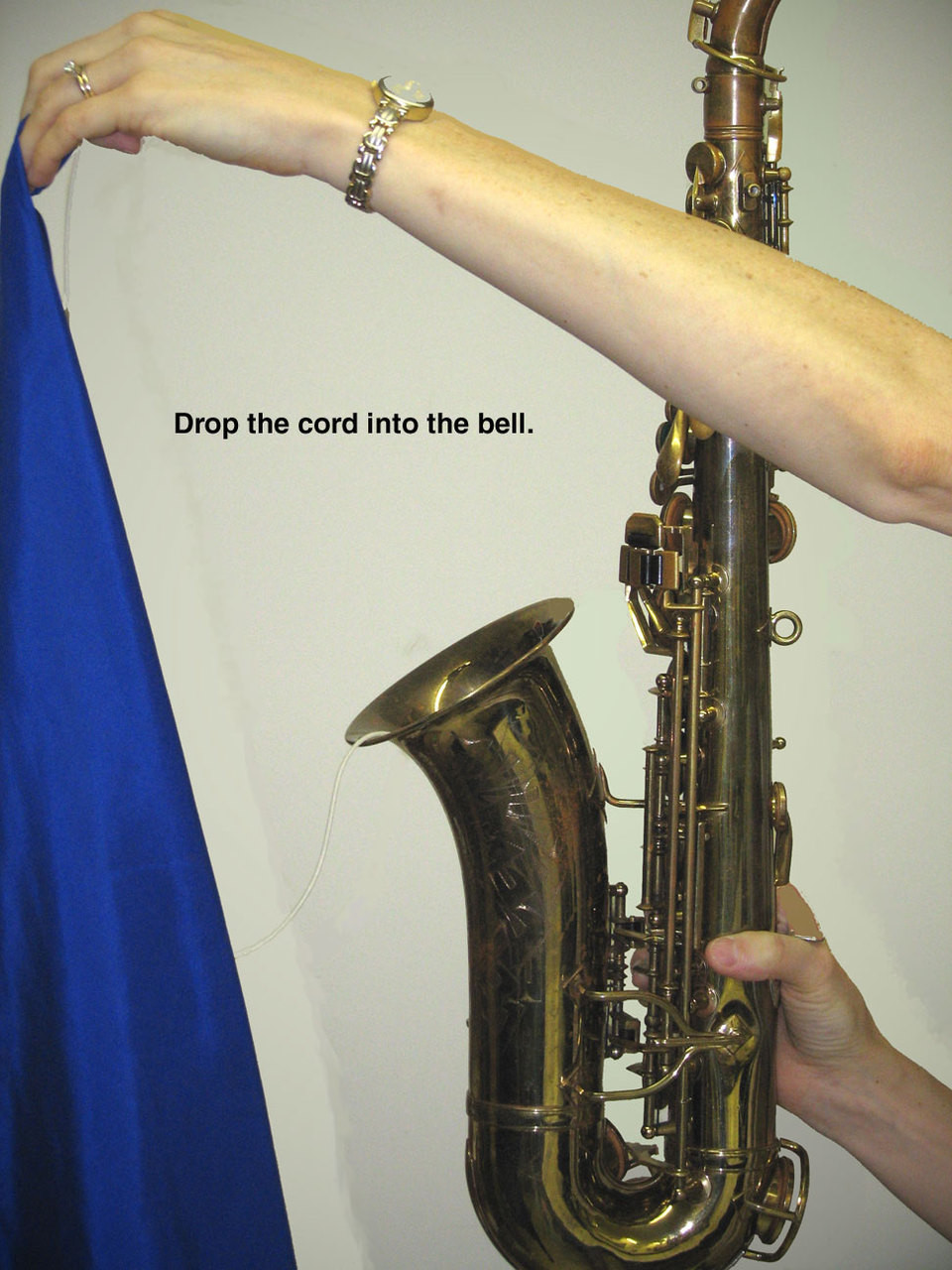 Hodge Alto Sax Silk Swab Step 2 - Drop weight into bell