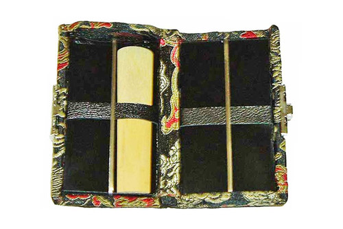 4-Reed Doublesided Alto Sax-Clarinet Reed Cases by Oboes.ch - Black with Red Dragon Design