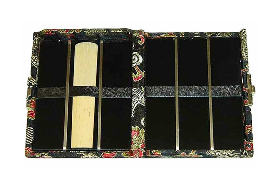 6 Tenor Sax Reed Case Silk Double Sided, Black with Red Dragon Design