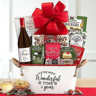 Kiarna Vineyards Chardonnay Holiday Wine and Snacks Basket