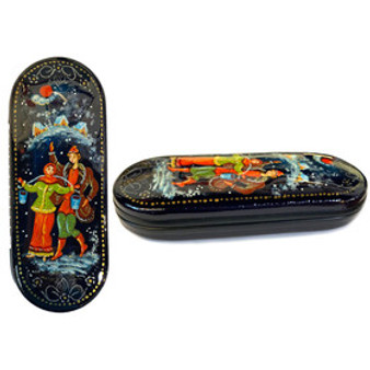 """Trip to the Well"" Russian Glasses Case from Moscow Ballet"