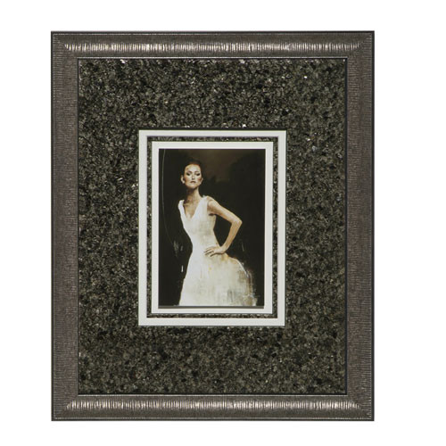 Matted Model with Pebble Mat (Dancer)