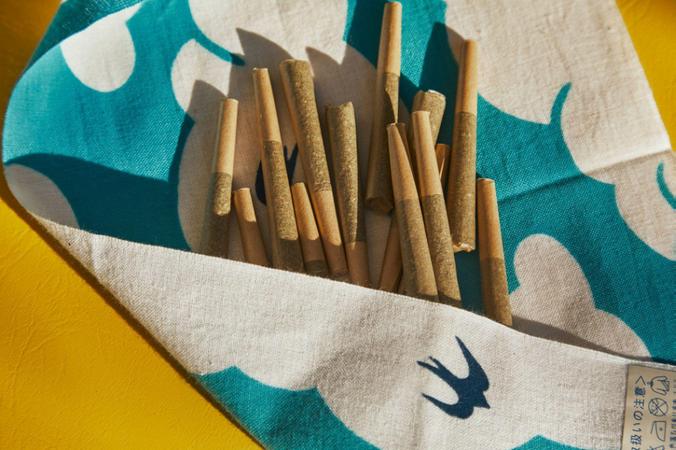 The Benefits of Smoking a CBD Blunt