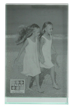 """Sixtrees GT602-46V Heavy Solid square cut Glass photo frame for two 4"""" x 6"""" pictures."""