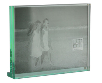 """Sixtrees GT602-68H Heavy Solid square cut Glass photo frame for two 8"""" x 6"""" pictures."""