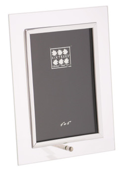 Sixtrees ST124V Flat Bevelled Glass 4 x 6-inch Photo Frame with silver detailing.