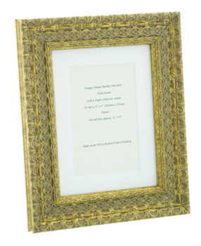 """Handmade Ornate Distressed Antique Gold Shabby Chic Vintage Picture Frame with a single mount for a 6"""" x 4"""" (152mm x 102mm) Photo"""
