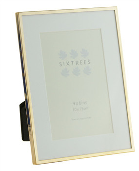 Sixtrees Park Lane Rose Gold narrow profile 6 x 4 inch photoframe with a mount .