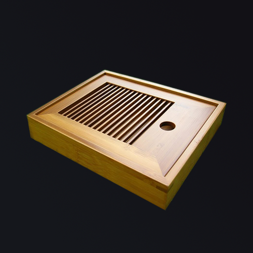 Slotted box-style bamboo tray for preparing high mountain Oolong tea. Hand-crafted in Taiwan