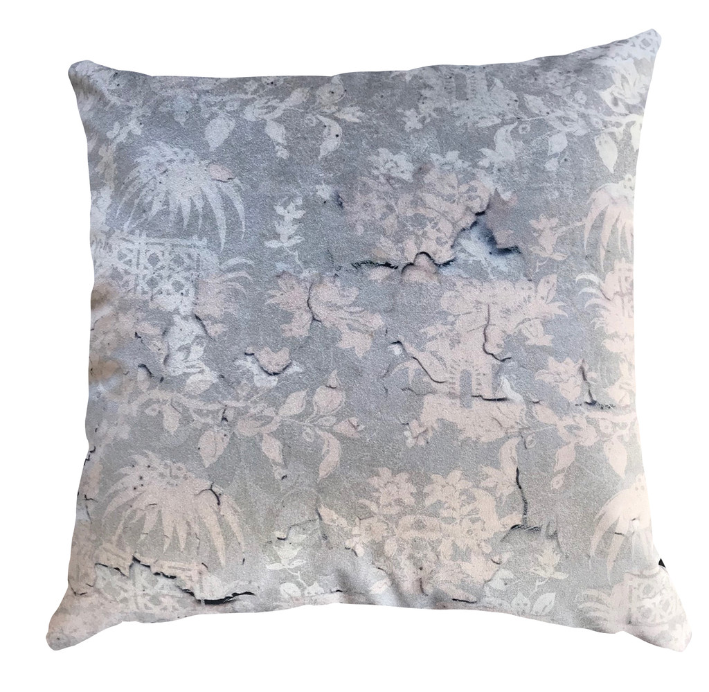Cushion Cover - Chinoiserie - Enchanted Garden - Fading Pink