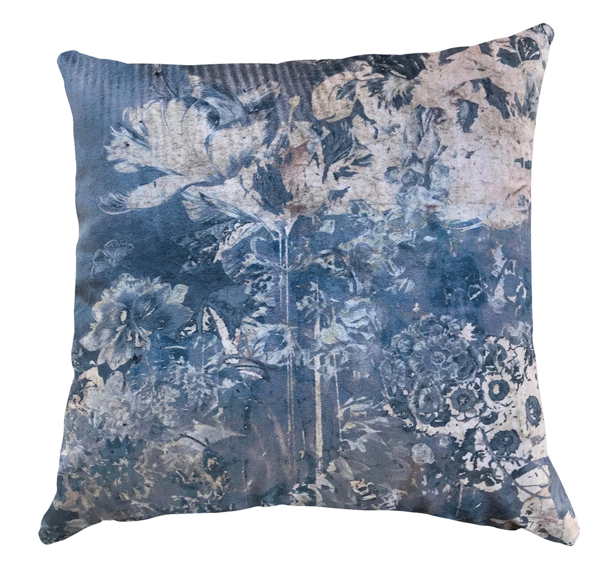 Cushion Cover - Beneath a Dark Sky