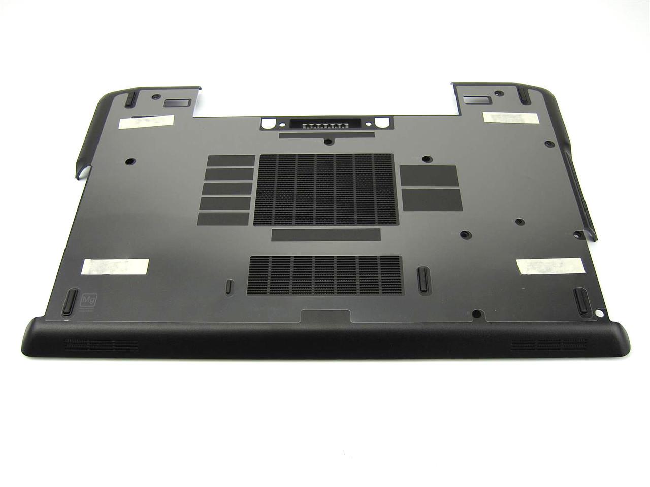 Dell Latitude E6520 Laptop Bottom Base Cover Panel - V45CW