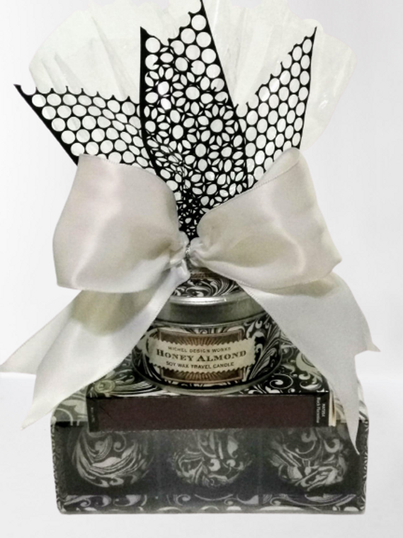Honey Almond Gift Pack by Michel Design Works
