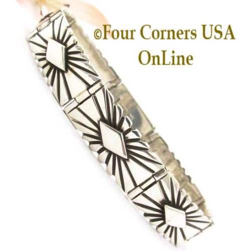 On Sale Silver Link Bracelet Box Clasp Navajo Artisan Lutricia Yellowhair NALB-162 Four Corners USA OnLine Native American Jewelry