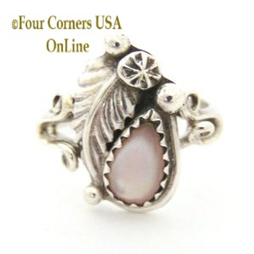 Pink Mother of Pearl Shell Sterling Silver Leaf Ring Size 5 1/2 Four Corners USA Native American Navajo Jewelry NAR-0947555