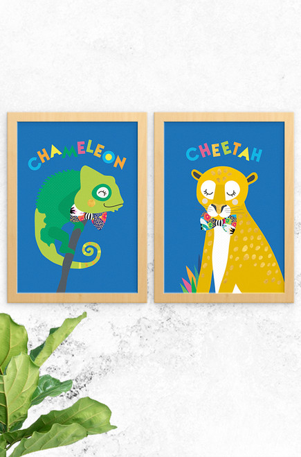 A unique and colourful set of prints for kids featuring a bright chameleon and sleepy cheetah, both wearing a floral pattern bowtie. Team up with our other jungle fever prints to complete the collection.