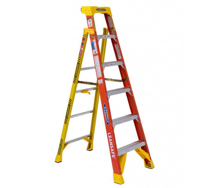 """Werner #L6206 6 Ft. """"LEANSAFE"""" Fiberglass Step Ladder"""