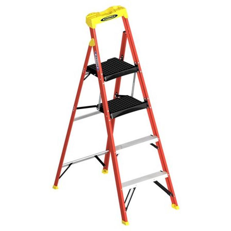Werner #01-C6206 6 FT. Compact Fiberglass Step Ladder Type 1A 300 lbs.