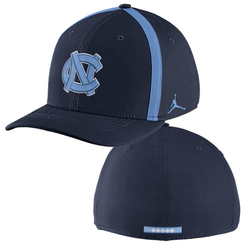 Nike Classic Carolina Aero Bill SwooshFLEX Hat - Navy