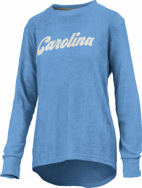 This is a cuddly knit fleece in Carolina Blue with a script Carolina decoration.
