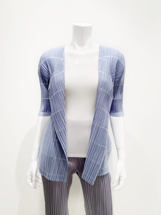 Issey Miyake Pleats 1/2 sleeve cardigan pata  - light blue