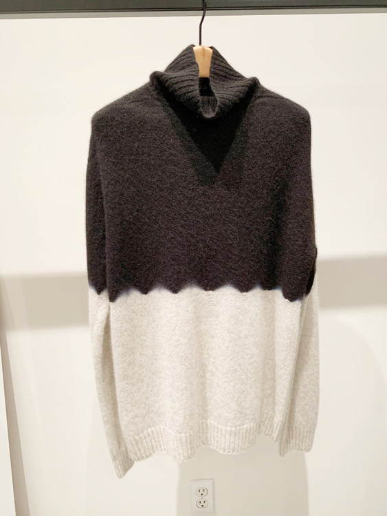 Suzusan black and gray color block cashmere cardigan