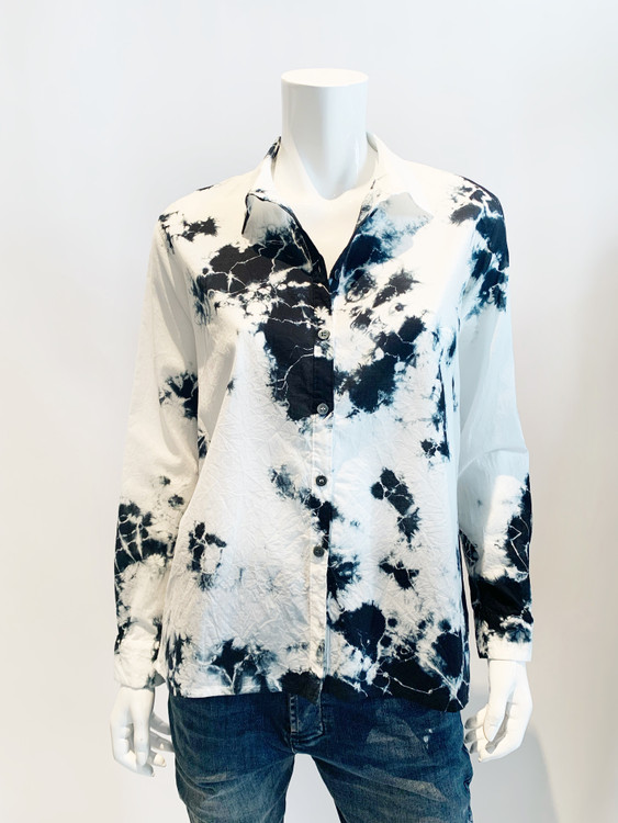 Suzusan gauze cotton hand dyed button down shirt - black shibori
