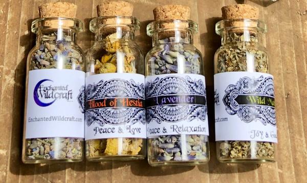 Herb and flower bottles 10 ml.
