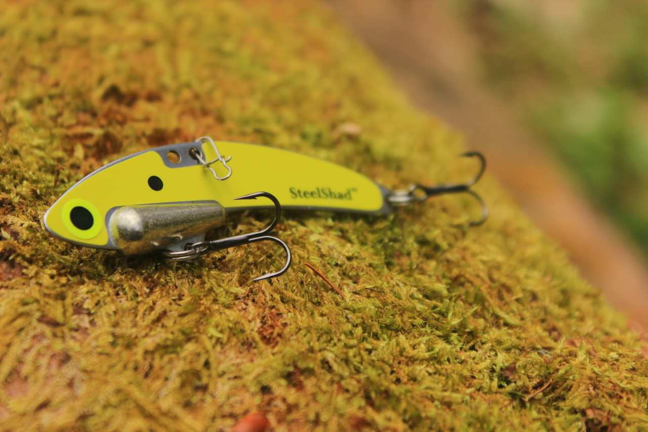 SteelShad Elite Series - 3/8 oz. - Yellow Shad - Tin Weight, Line Clip, #8 Black Nickle Hooks